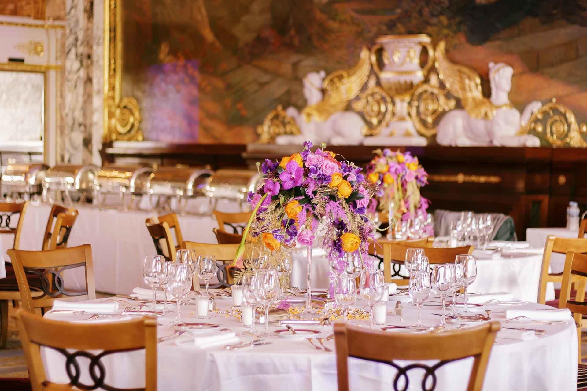 Une harmonie entre la décoration du lieu et les fleurs proposées