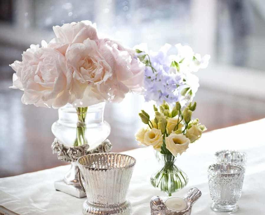 Décoration florale douce pour un mariage
