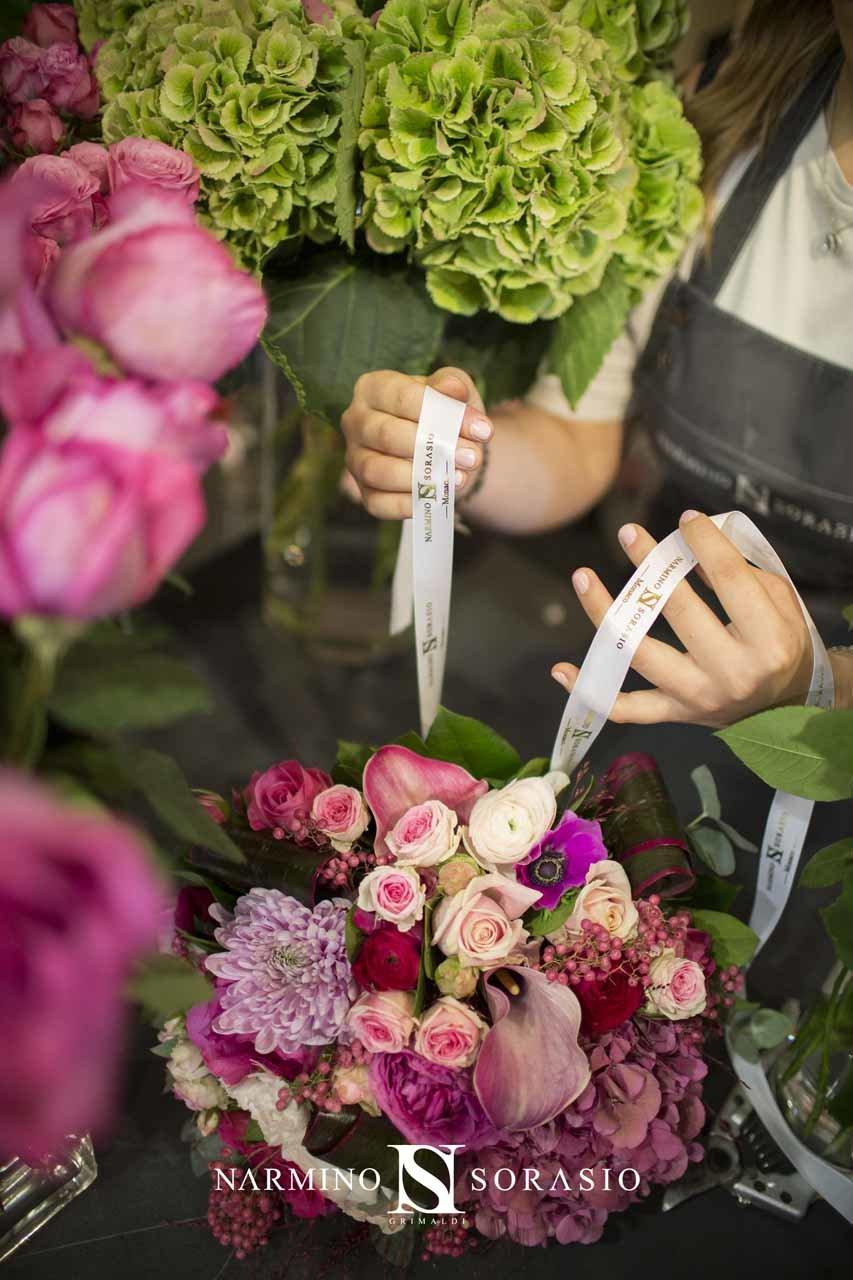 Le travail attentif et précis de nos fleuristes