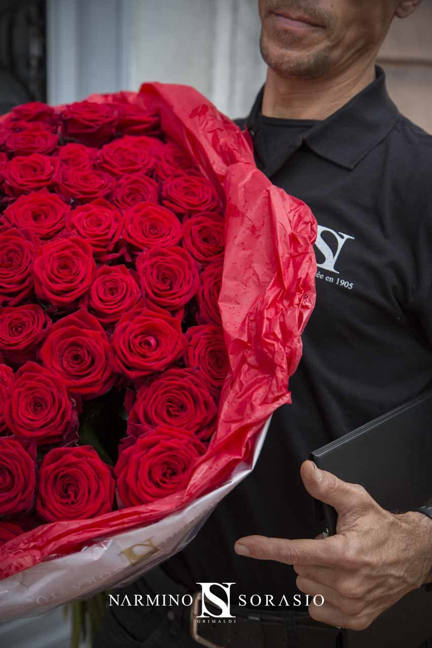 A delivery man and his bouquet
