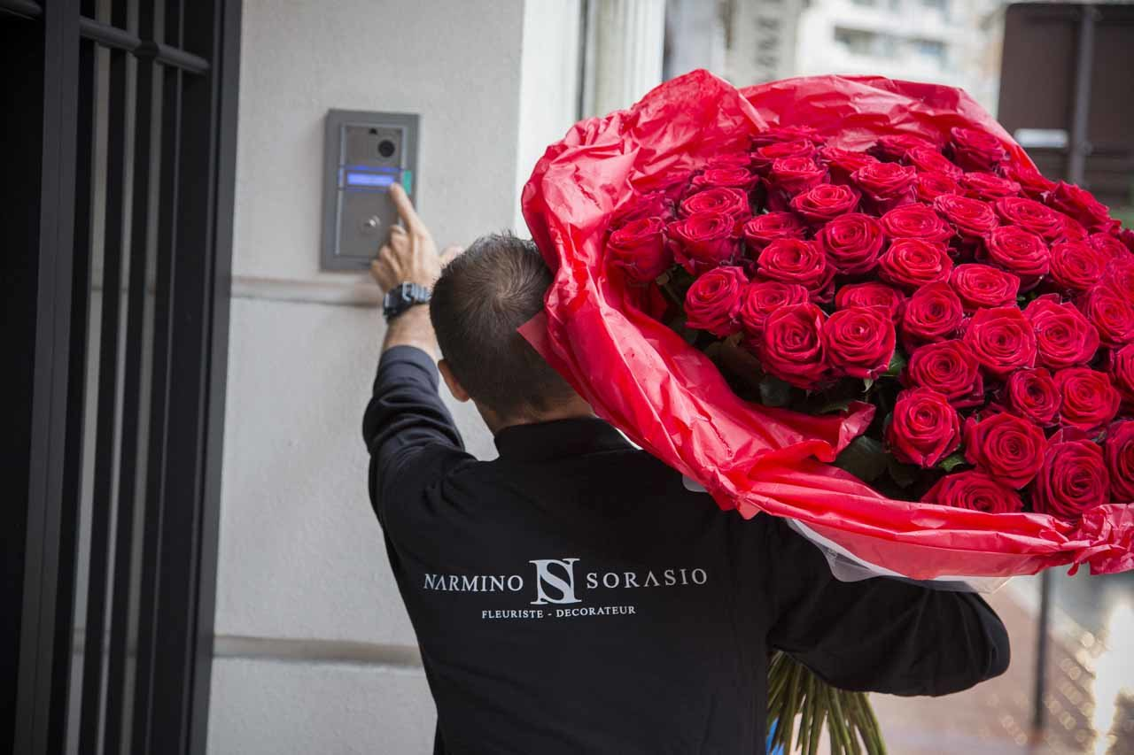 We deliver free flowers to Monaco