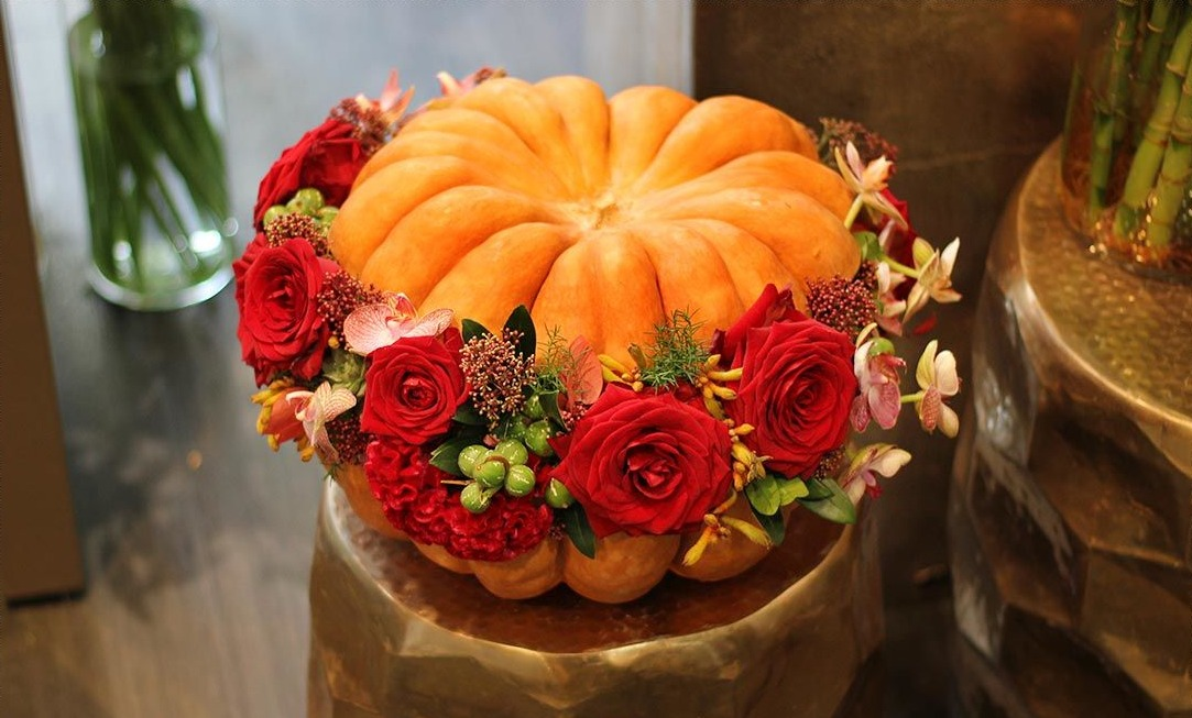 A florist creation around the theme of Halloween