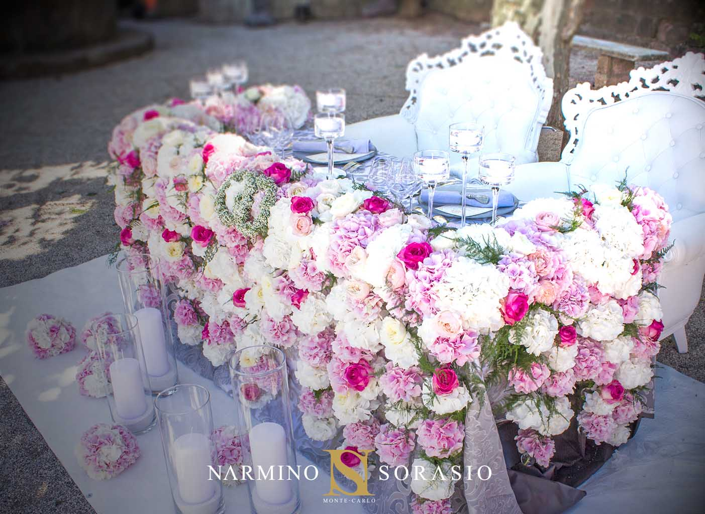 The bride's table decorated with beautiful flowers