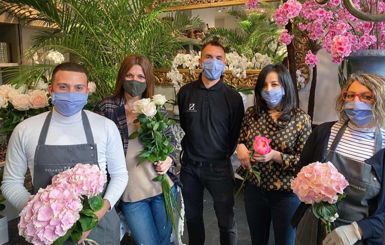 L'équipe des fleuristes Narmino Monaco au complet