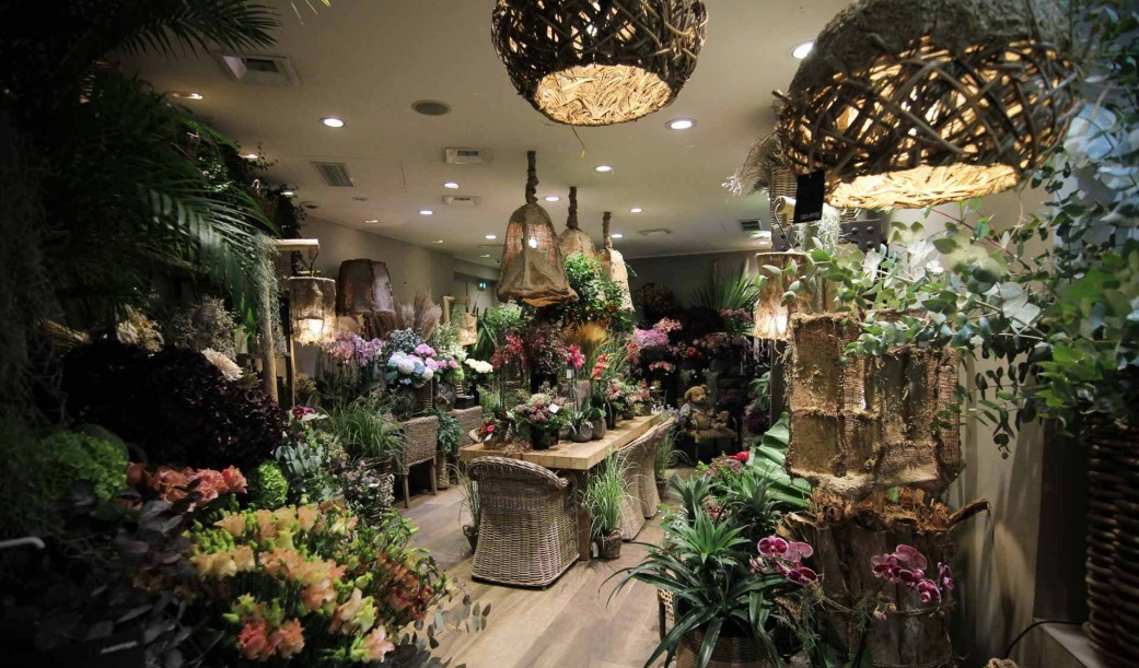 An overview of the new decor at our Narmino flower store