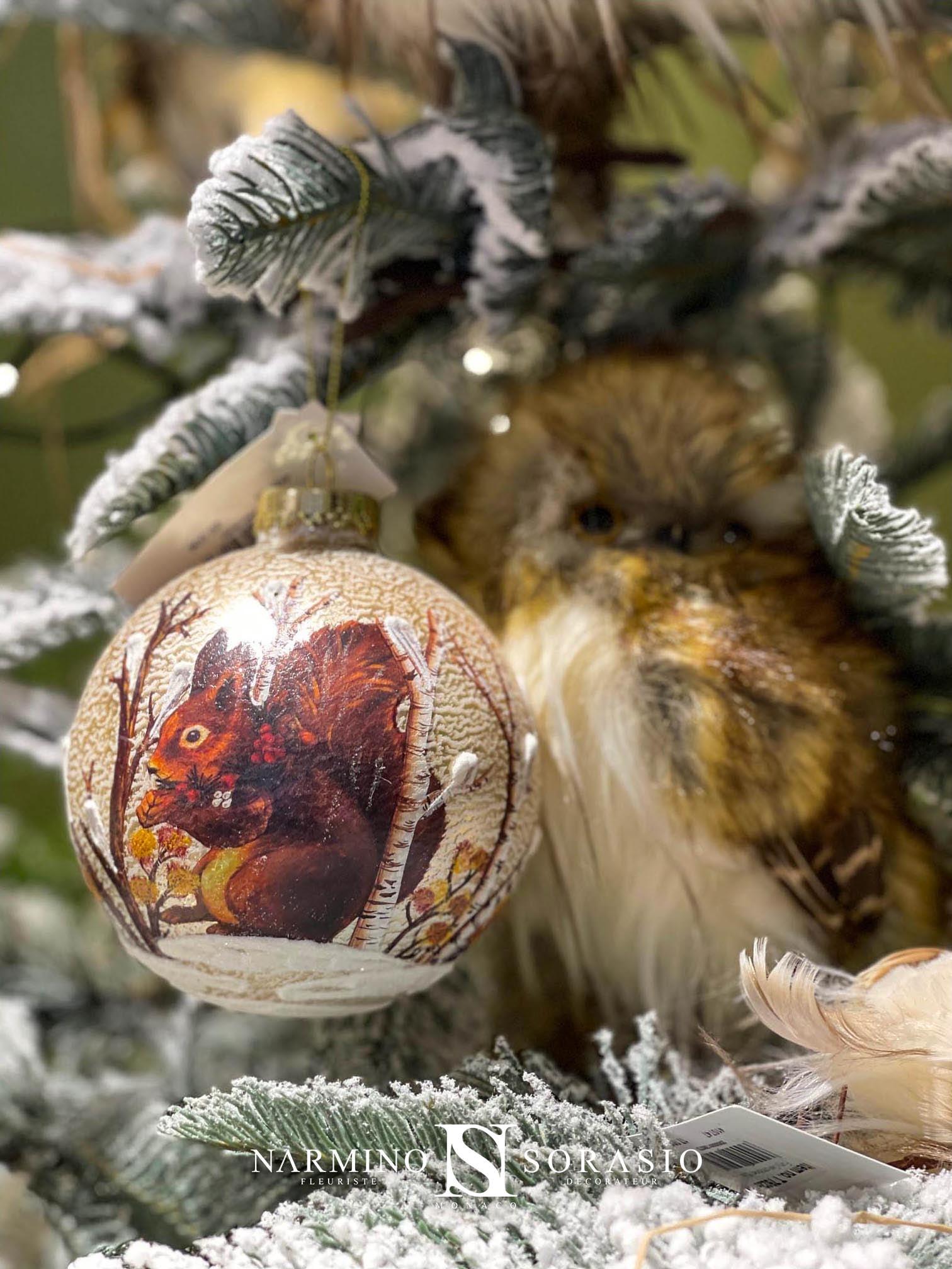 Des boules pour décorer votre arbre de Noël