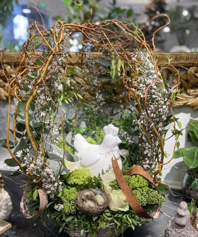 Un panier fleuri pour Pâques